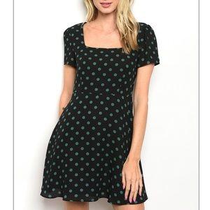 Black w/green polka dot Short sleeve skater dress